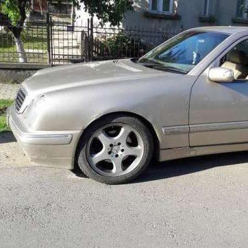 Mercedes E Class 2.7